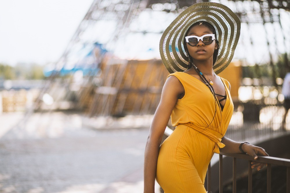 Want to Look Chic and Fashionable While on Holidays – These Tips Will Help You Achieve Just That